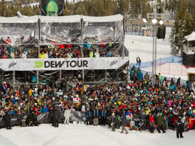 DewTour_CrowdDay3-613×460